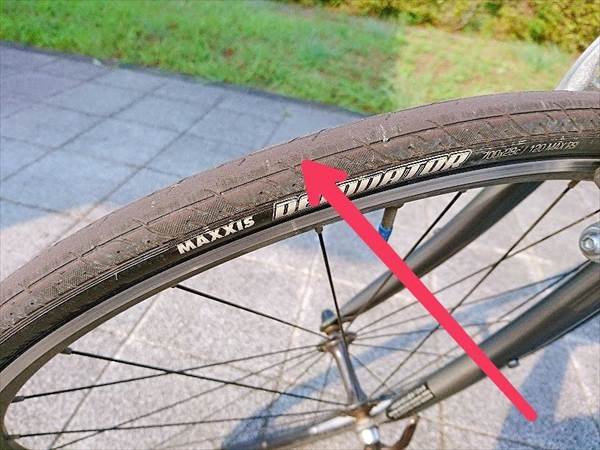 エスケープR3の前輪タイヤのすり減り具合